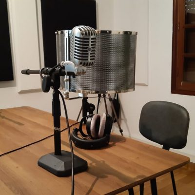 Team building musical en studio d'enregistrement